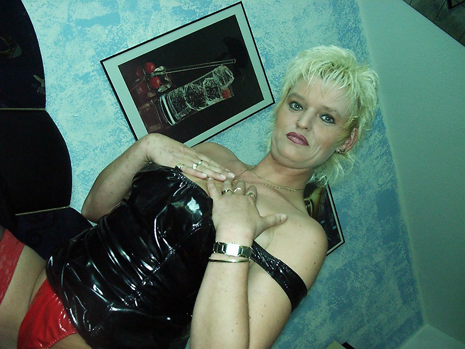 Blonde Domina